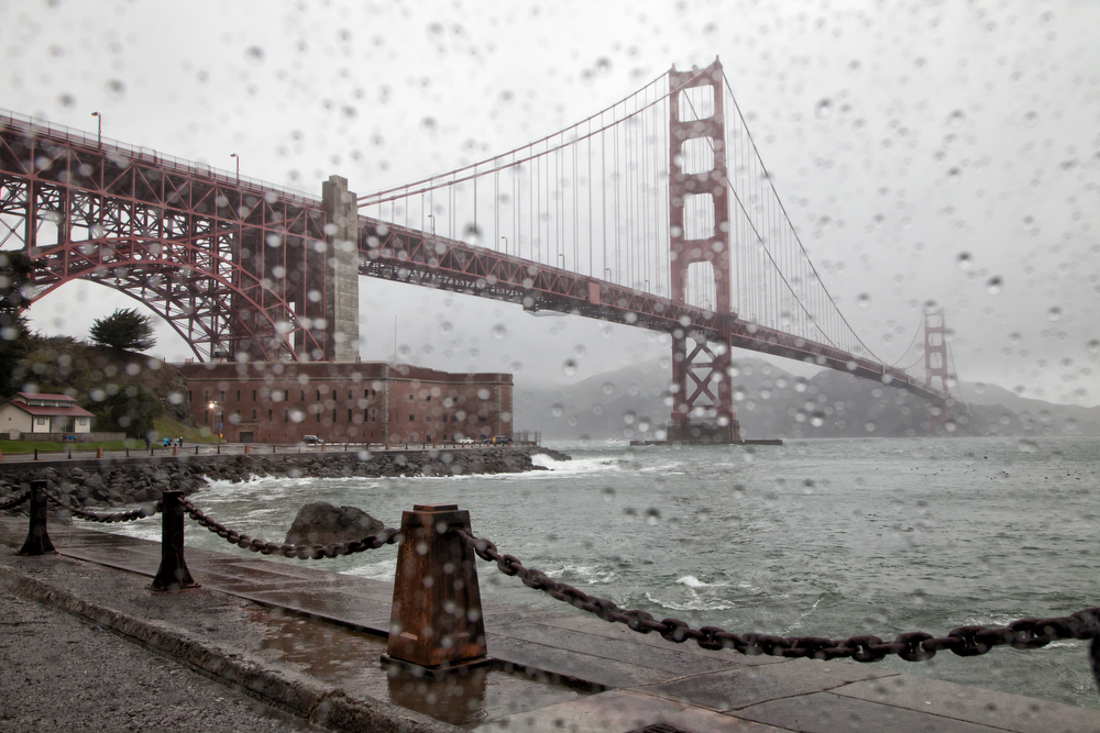 Golden Gate Bridge Raindrops: Image #20120331_0046