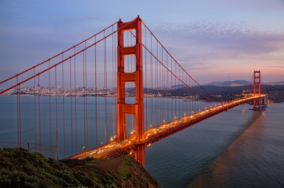 Golden Gate Bridge: Twilight
